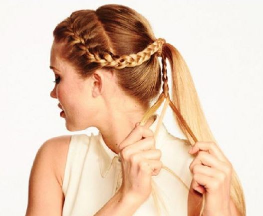 Cách tết tóc mái đuôi ngựa