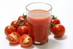 Cách trị tàn nhang bằng cà chua