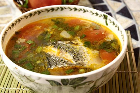 canh cá nấu dưa chua