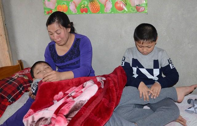 hoàn cảnh đáng thương, gia cảnh đáng thương  của bà mẹ cho con uống thuốc ngủ để giảm đau