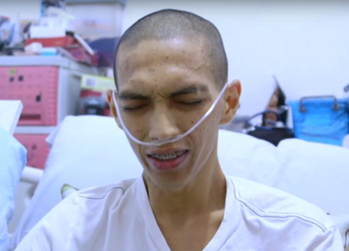 mẹ mất 3 con vì ung thư, mẹ lần lượt từ giã ba con trai vì ung thư