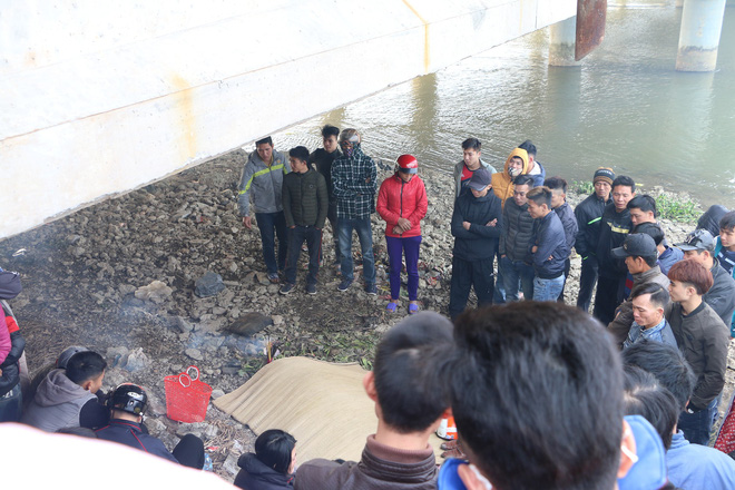 Sinh viên năm 4 tử vong vì cứu 3 mẹ con đuối nước trong ngày ông công ông táo