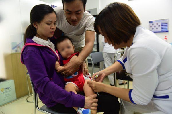 Văc xin Hexaxim cho trẻ em lần đầu tiên được sử dụng tại Việt Nam