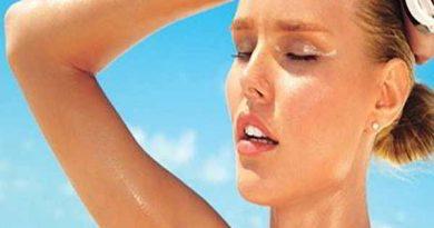 Mồ hôi tăng tiết bất thường – Nguy cơ mắc bệnh cao