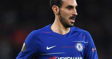 Cựu hậu vệ của Chelsea chuẩn bị gia nhập AS Roma