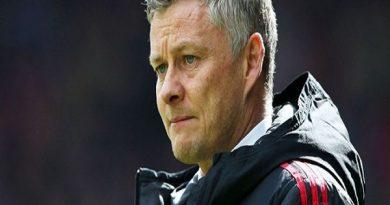 Man Utd khủng hoảng, Ole Gunnar Solskjaer tính sao