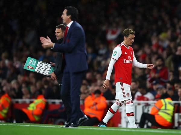 Phá vỡ im lặng, Ozil lên tiếng về tương lai ở Arsenal
