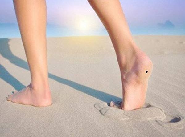 Nốt ruồi ở chân và những điều mà bạn nên biết