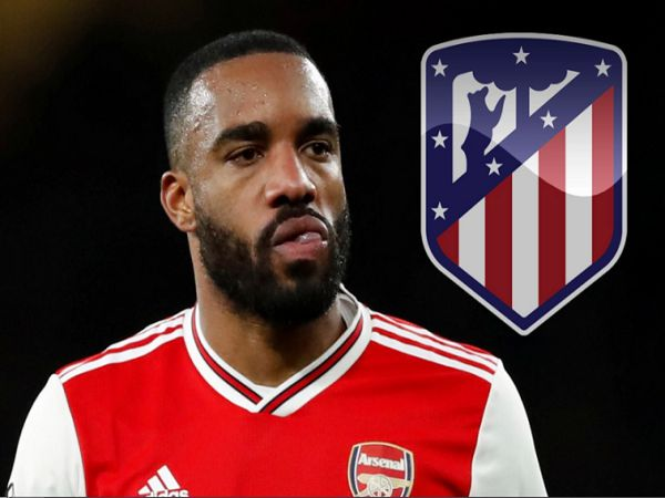 Atletico Madrid trả 30 triệu cho Lacazette
