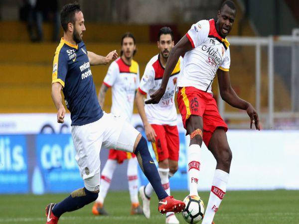Soi kèo Verona vs Benevento, 02h45 ngày 3/11 - Serie A