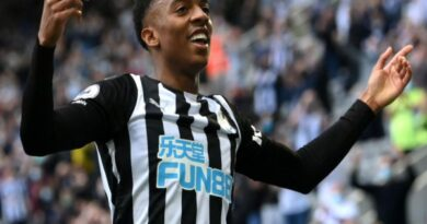 Chuyển nhượng tối 16/7: Joe Willock sẽ tiếp tục khoác áo Newcastle