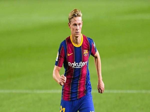 Tin bóng đá sáng 1/7: De Jong mới là MVP mùa giải của Barca