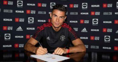Bản tin MU tối 10/9: MU công bố hình ảnh Ronaldo ký hợp đồng